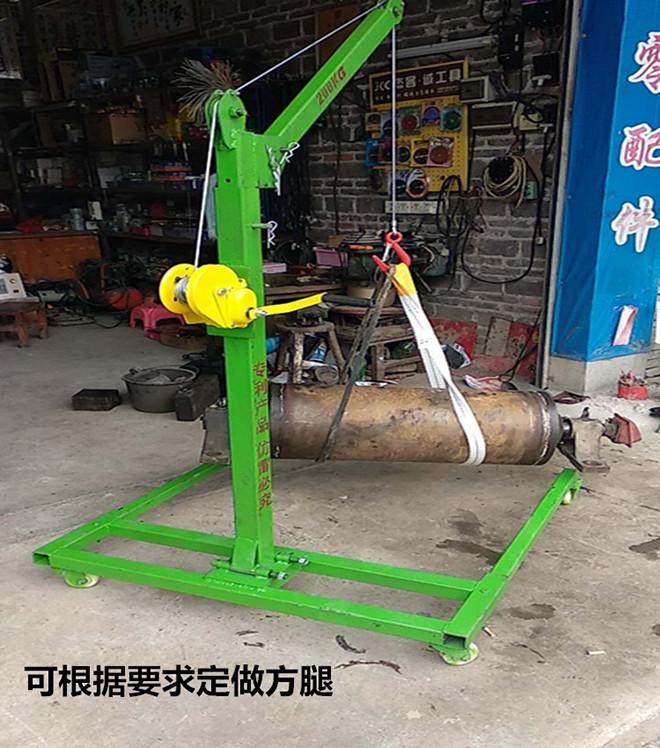 绞盘移动式小吊机圆柱形零部件吊装实例.jpg